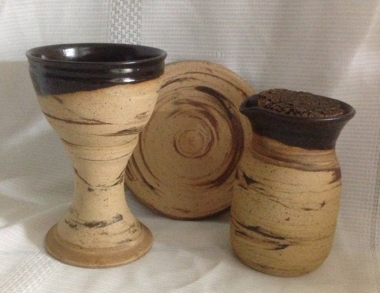 photo of Pastor travel communion set in Memorial pattern by Ocepek Pottery