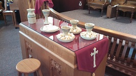 photo of Intinction Servers and Congregational Communion set in use during church service